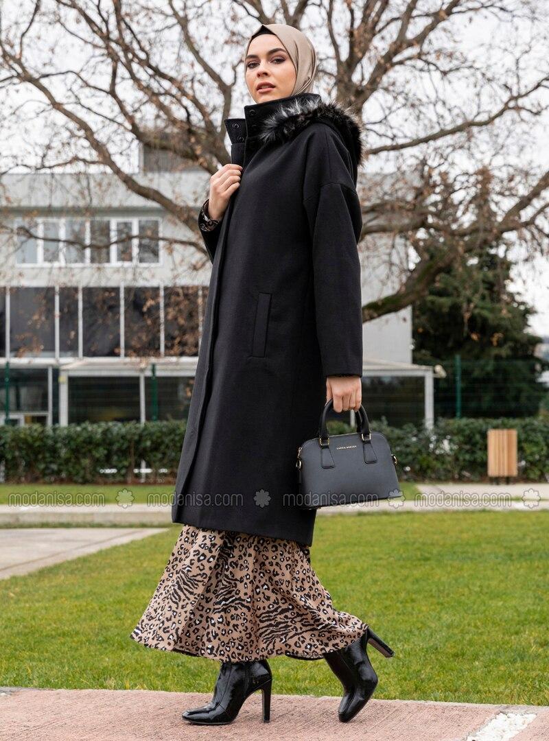 Black - Fully Lined - Polo neck - Acrylic - Coat