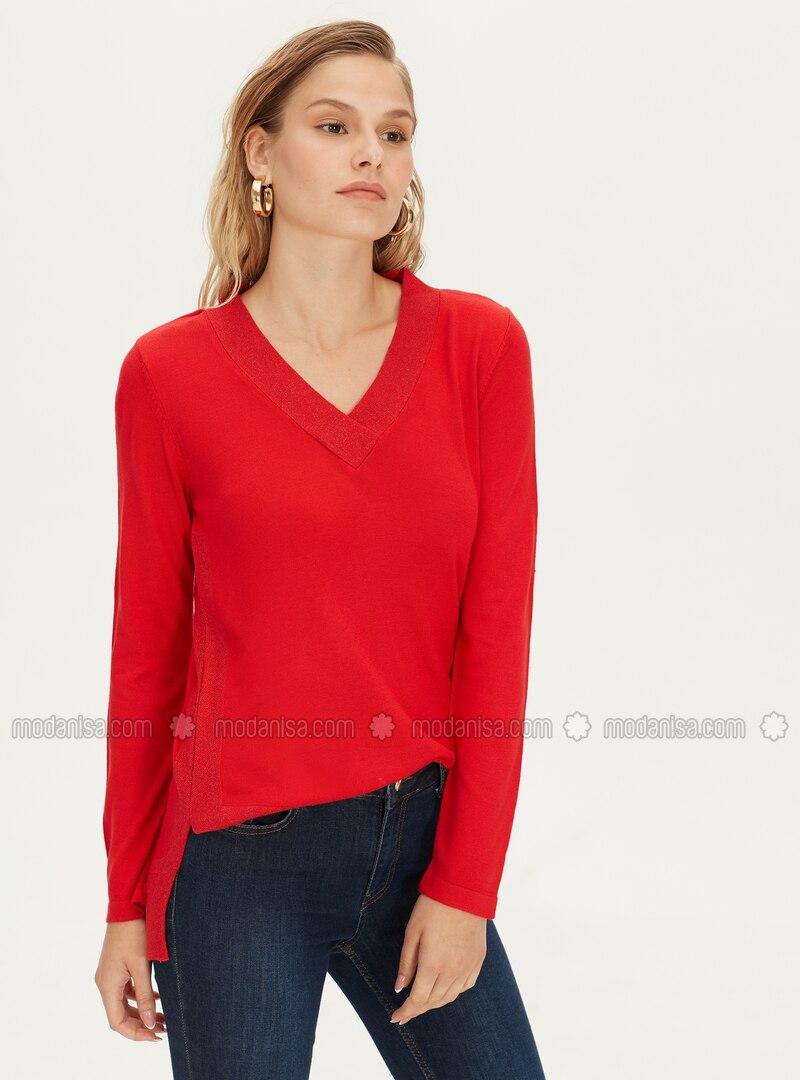 V neck Collar - Red - Jumper