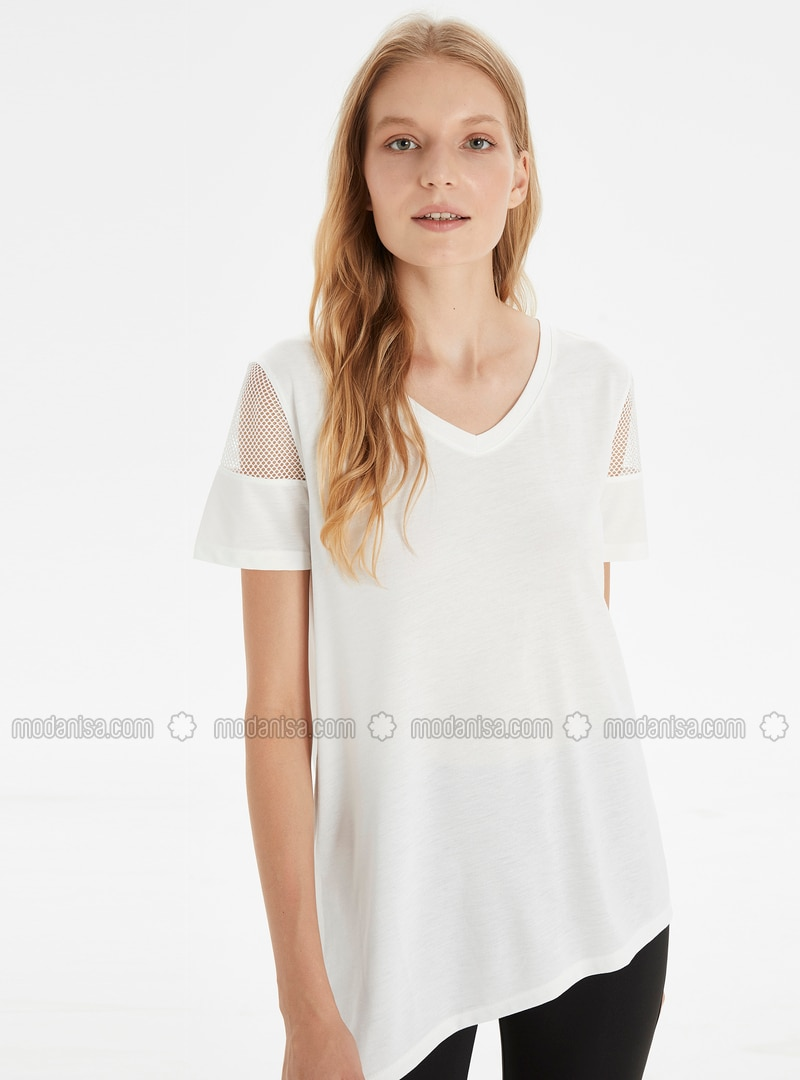 V neck Collar - Ecru - T-Shirt