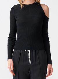 Black - Knitwear