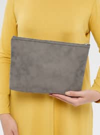 Gray - Clutch Bags / Handbags
