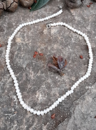 White - Necklace