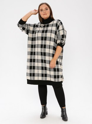 Beige - Black - Checkered - Crew neck - Acrylic - Plus Size Jumper