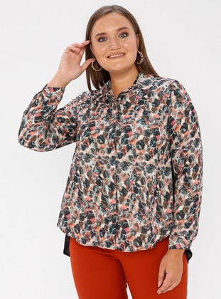 Coral - Point Collar - Plus Size Blouse
