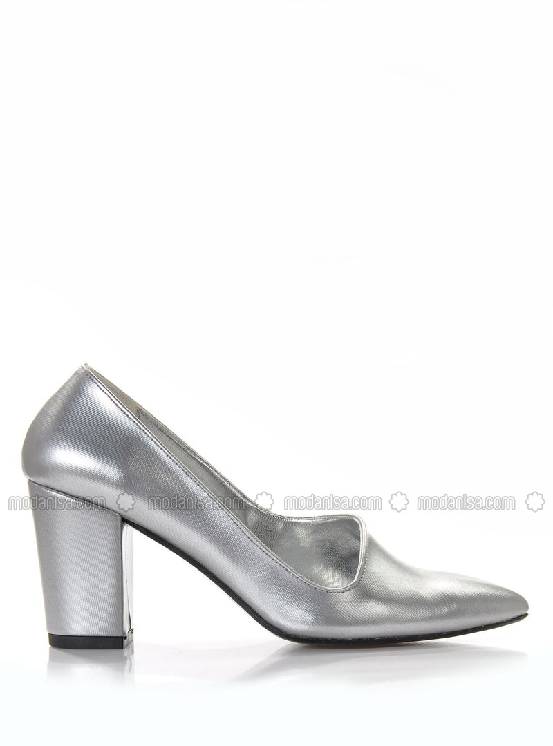 Silver tone - Heels