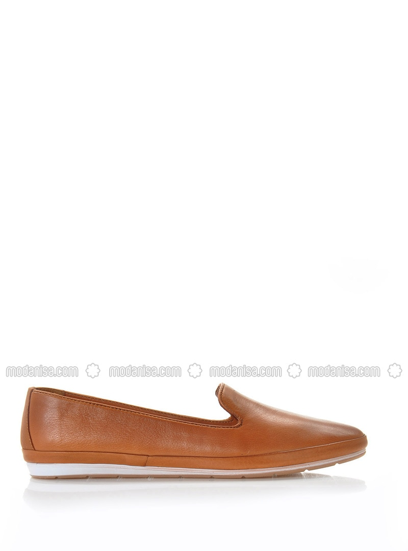 Tan - Flat Shoes