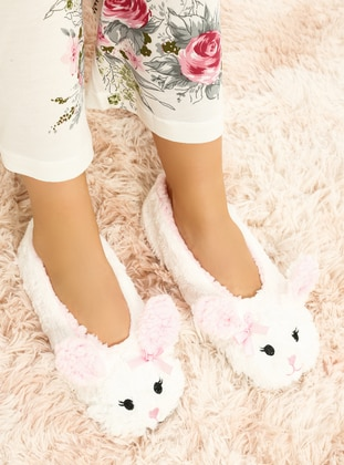Casual - White - Home Shoes