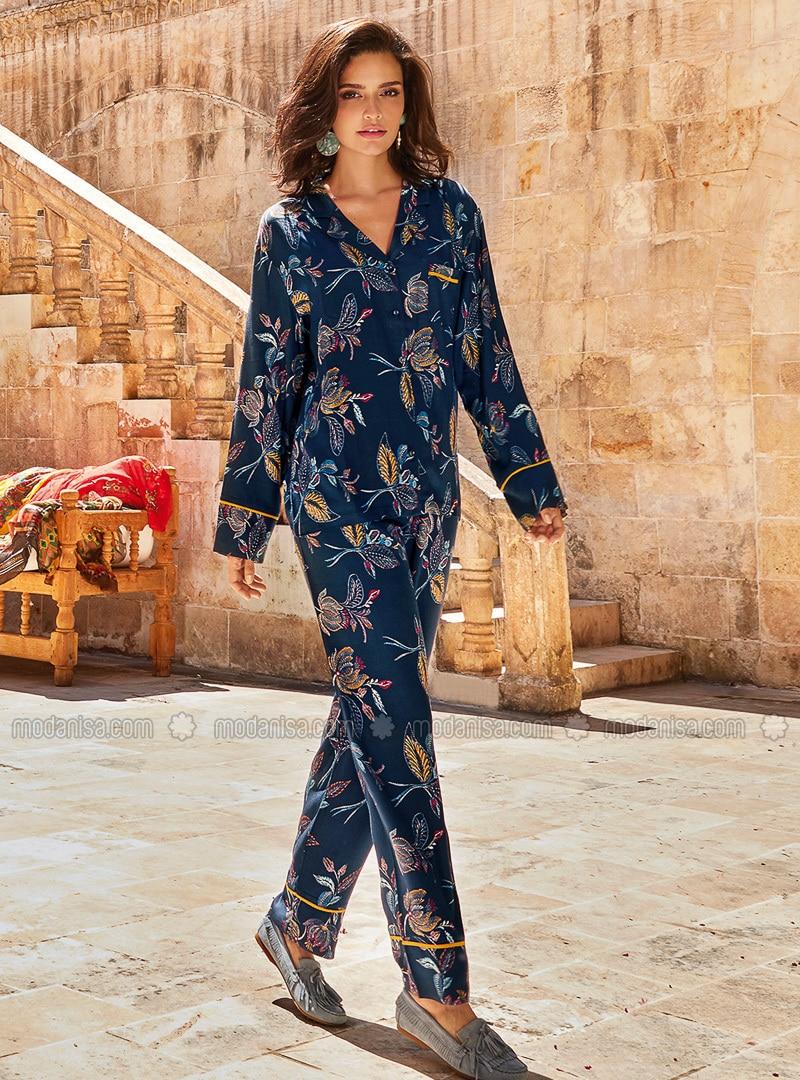 Navy Blue - Shawl Collar - Floral - Viscose - Pyjama