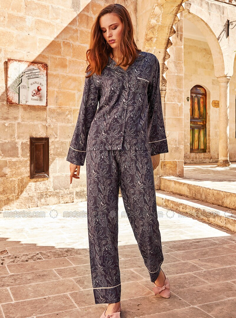 Purple - Shawl Collar - Multi - Viscose - Pyjama