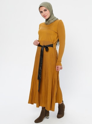 Mustard - Crew neck - Unlined - Viscose - Dress
