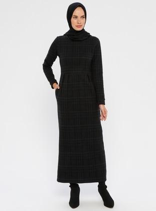 Black - Plaid - Crew neck - Unlined - Viscose - Dress