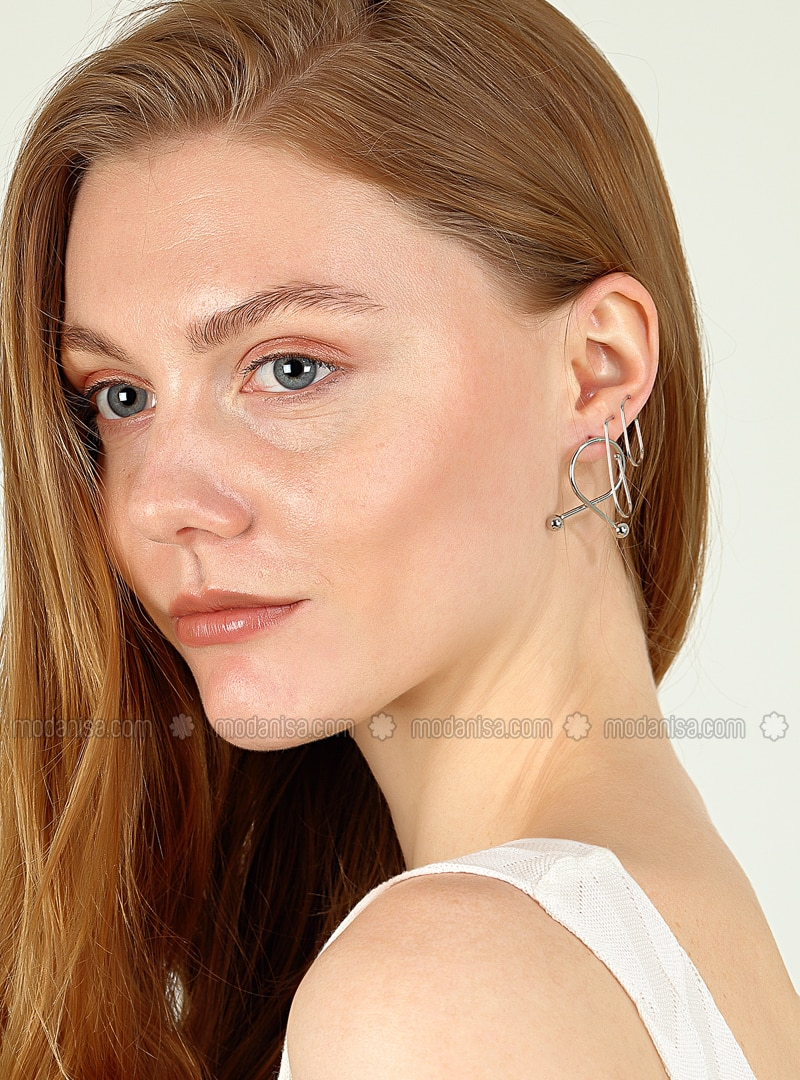 Silver tone - Earring
