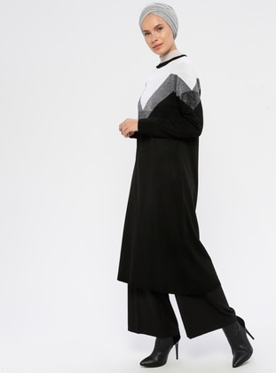 White - Black - Crew neck - Acrylic -  - Knit Tunics
