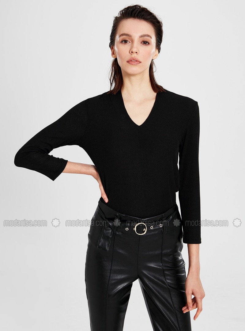 check out a0866 95ec2 V neck Collar - Black - T-Shirt