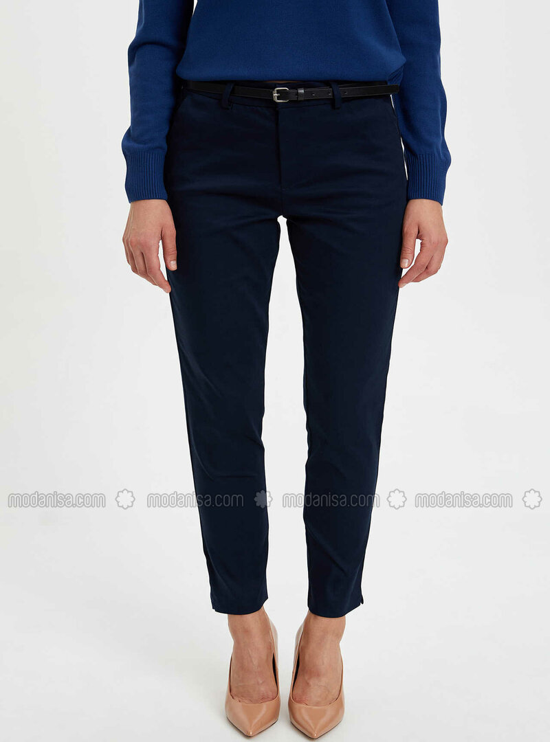 Metric Size D92 152318608999D92 Trousers Size 33//30 In Navy Blue//Black