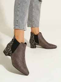 Gray - Gray - Boot - Gray - Boot - Gray - Boot - Gray - Boot - Gray - Boot - Boots
