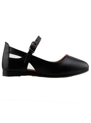 Black - Flat Shoes
