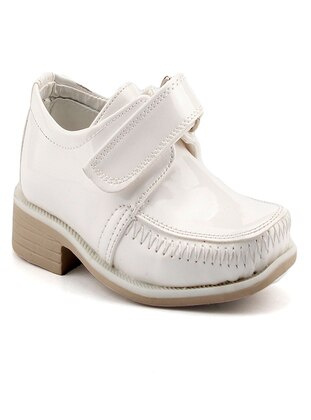 Cream - Boys` Shoes