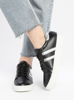 Silver tone - Black - Casual - Shoes