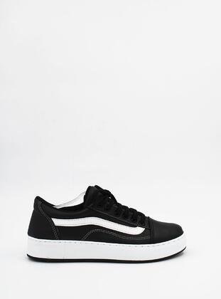 Black - Sports Shoes