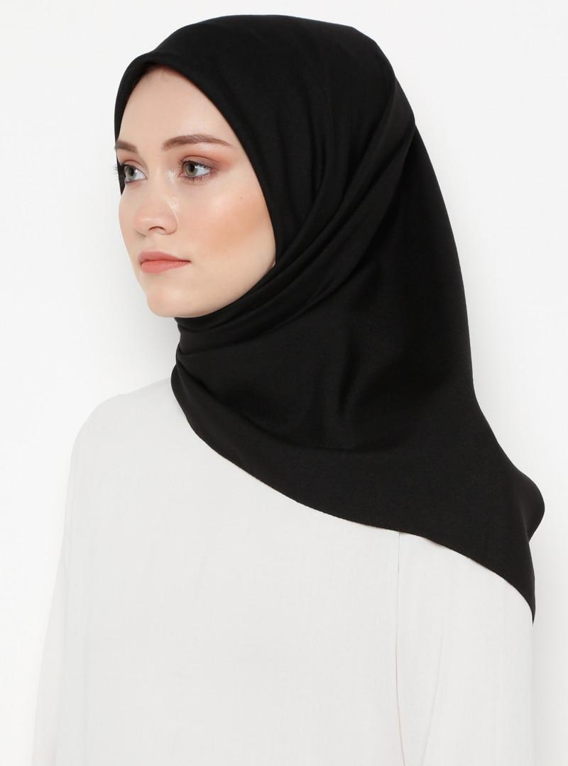 Tesettür Eşarp Gülsoy Siyah Kadın Standart