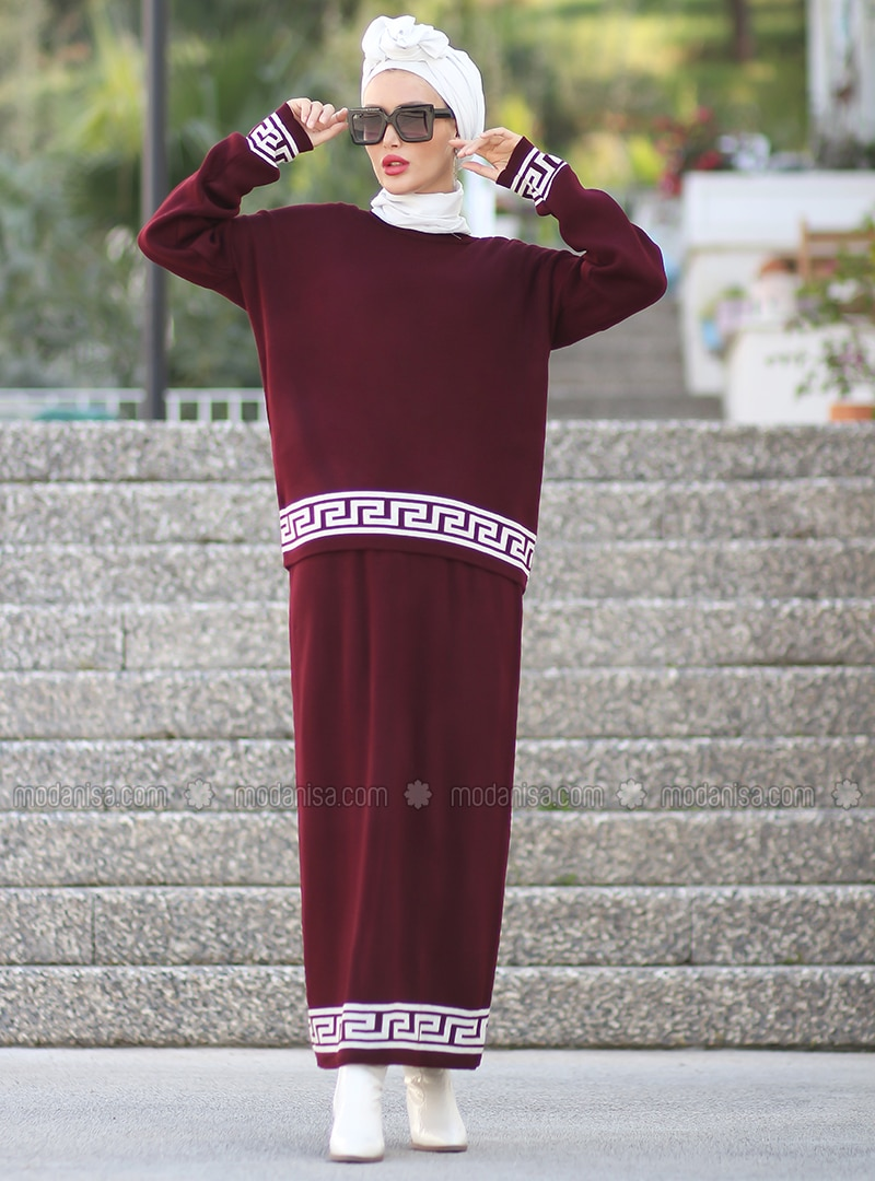Maroon - Unlined - Acrylic - - - Knit Suits