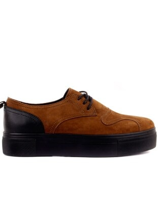 Cinnamon - Shoes