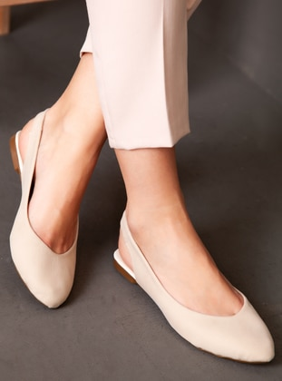 Casual - Cream - Casual Shoes