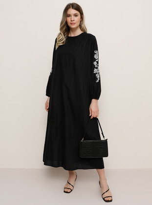 Black - Crew neck - Plus Size Dress - Alia