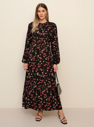 Black - Floral - Unlined - Crew neck - Viscose - Plus Size Dress