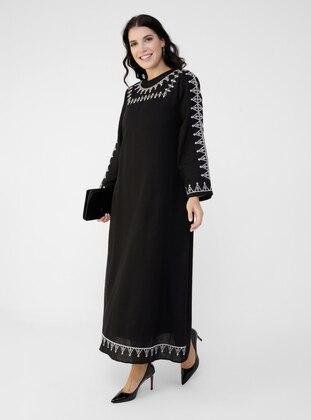 Black - Crew neck - - Plus Size Dress - Alia