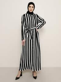 Siyah - Çizgili - Fransız yaka - Astarsız kumaş - Viskon - Elbise