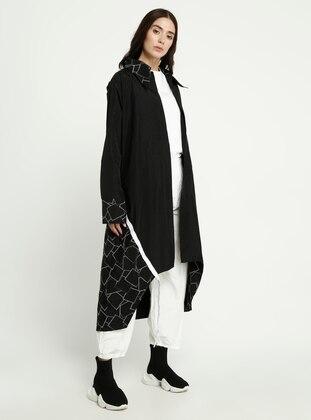 Black - Geometric - Point Collar - Trench Coat