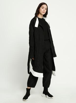 Black - Polo neck - Abaya