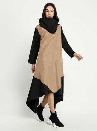 Camel - Black - Crew neck - Dress