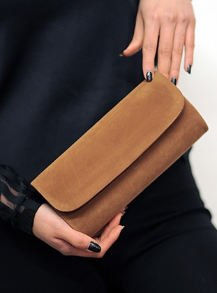 Tan - Clutch - Clutch Bags / Handbags
