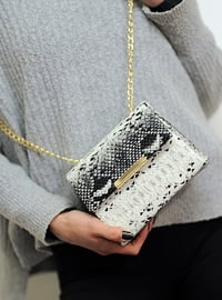 White - Clutch - Clutch Bags / Handbags