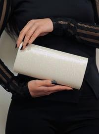 White - Clutch - Clutch Bags / Handbags