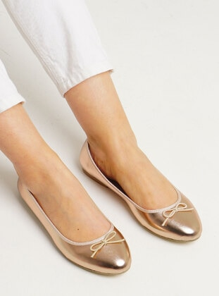 Gold - Flat Shoes