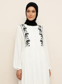 Beyaz - Siyah - Yuvarlak yakalı - Astarlı - Viskon - Elbise