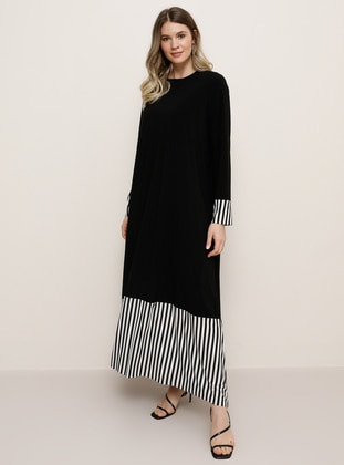 White - Black - Stripe - Unlined - Crew neck - Plus Size Dress