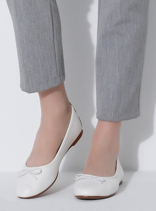 White - Flat - Casual - Flat Shoes