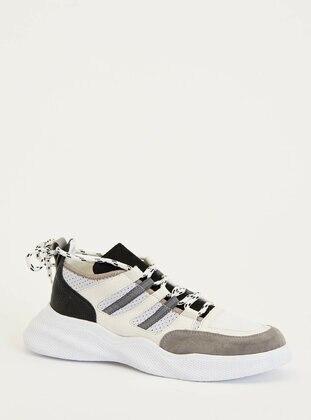 White - Shoes - DeFacto