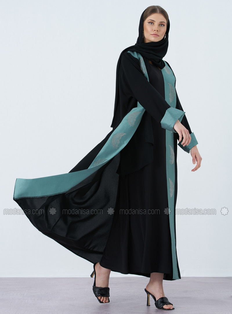 Black - Green - V neck Collar - Abaya