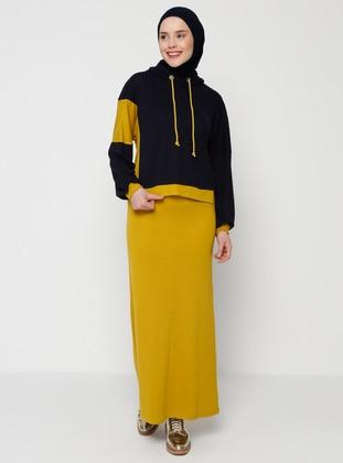 Yellow - Black - Suit
