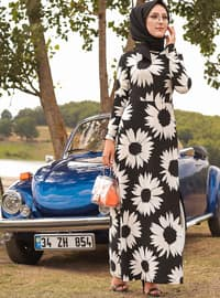 White - Black - Floral - Crew neck - Unlined - Crepe - Dress