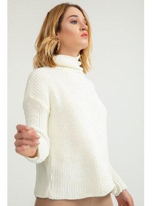 White - Knitwear