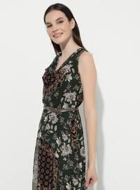Haki - Çiçeksi - V yaka - Astarlı - Akrilik - Elbise