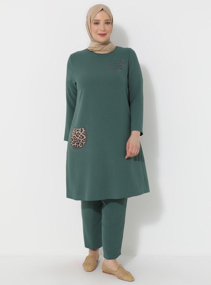Plus Size Evening Suit Metex Green Almond
