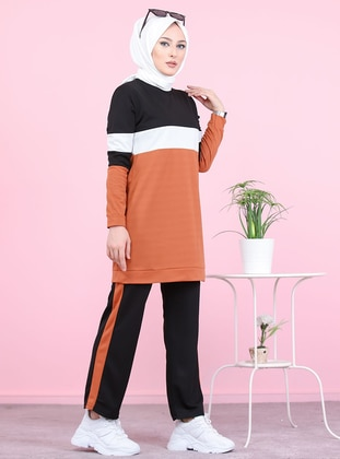 Terra Cotta - Crew neck - Tracksuit Set -  Sports